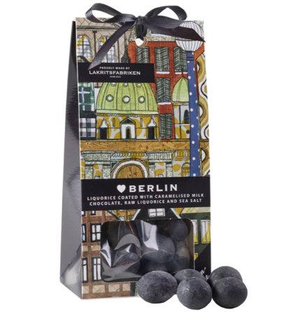 ❤ Berlin - saltlakrits dragerad med karamelliserad mjölkchoklad, rålakrits & havssalt - Lakritsfabriken Ramlösa